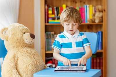 Какую игрушку купить ребенку в подарок?